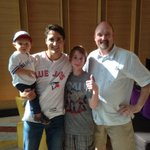 Great to see @JustinTrudeau and son. Thanks for taking time for the pic. Have fun at the #jays game! http://t.co/ygs2Rer5qy