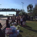 #Orban regime doesnt represent all of #Hungary ! Here Hungarians provide aid to #refugees walking to #Austria http://t.co/kqfWu4isTp
