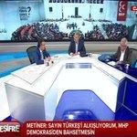 Metiner: Sayın Türkeşi alkışlıyorum, MHP demokrasiden bahsetmesin. @MetinerBasin @Desifretv http://t.co/bQfSVUadwT http://t.co/63fdT2qIlB