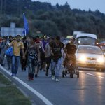 Refugees continue their 100-mile march towards Austria as darkness falls http://t.co/0RGfyyyO2q http://t.co/Ne2Wmmx4uv
