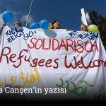 Mültecilerin gelişi Almanya'yı ikiye böldü; Ekmek uzatanlar ve benzin döküp yakanlar http://t.co/FPj1Ld1KLN http://t.co/W1gIhjn5Ph