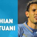GOL DE URUGUAY. Cristhian Stuani anota de cabeza tras el centro de Jonathan Rodríguez. 82 #PANURU 0-0 http://t.co/Ugp1Lapnpm
