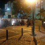 """@indignadosvene2: Al Palacio de Justicia llegaron más militares con antimotin. 7:15pm http://t.co/mIQWSeB4sD"""
