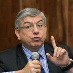 César Gaviria: Lo que hace Maduro es desabastecer a Venezuela - http://t.co/FDERi4MfsT http://t.co/Ah831112yf