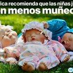 Científica recomienda que las niñas jueguen menos con muñecas » http://t.co/6l8VIvwSE6 #ciencia http://t.co/27LK7sx1Nw