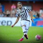 Amistoso Panamá-Uruguay: con la Celeste juega #Cáceres. ¡Suerte, Pelado! #PANURU http://t.co/TU084ykWTt