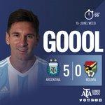 #VamosArgentina ¡Gol de Messi! Primera pelota que toca y la manda a la red. De cabeza, la Pulga anota el 5-0. http://t.co/FCMy55NeLa
