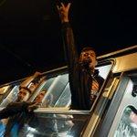 Austria y Alemania permiten en buses el paso de migrantes que estaban en Hungría http://t.co/P4TjpFxiGd (foto: AFP) http://t.co/N2apmhS7dV