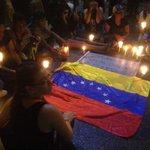 RT SandovalCesarR: La libertad no hace felices a los hombres, los hace, sencillamente, hombres. #VigiliaXLosInocen… http://t.co/XHCyvoefVs