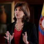 CUENTERO. Holguín desmiente a Maduro: Venezuela ha cancelado 15 runiones sobre tema fronterizo http://t.co/3vjWFDsATN http://t.co/6kRpSwoTk4