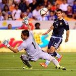 #Argentina aplastó a #Bolivia 7 a 0 en Houston. http://t.co/apX8mvUYNy http://t.co/yjNsgnthNF