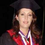 A la profesora Anna Karina Guerrero la asesinaron para quitarle el carro: daba clases en la UCAB http://t.co/PvmzSw9Iox