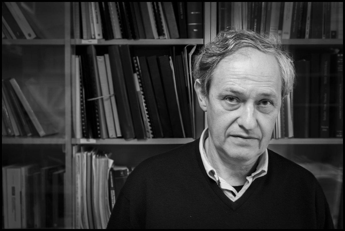 Manuel Atienza: 'Discussão sobre neoconstitucionalismo é um acúmulo de confusões' http://t.co/mtbtfkT9ot http://t.co/9NB0N6nWZN