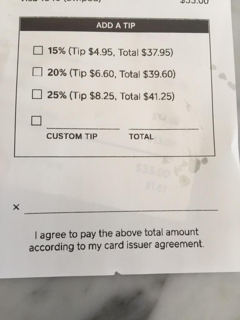 First time seeing this quick check-to-tip design on a receipt. http://t.co/evNx4TEpvd