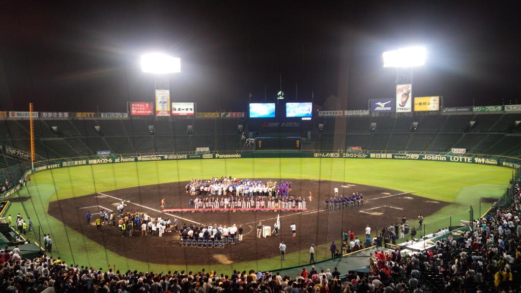 http://twitter.com/koshienasahi/status/640511201273753600/photo/1