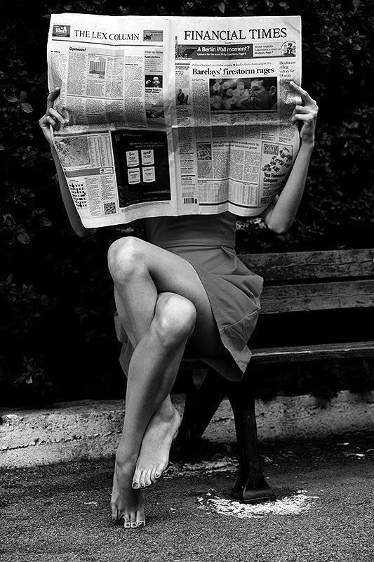 "#SundayNews  ""Who cares about the news?.""  #AllAboutLegs  @love4Rumi @LenaTSmart @70Nubs @shesallsoul @OsvaldovanN http://t.co/V5nJhJ2eEd"