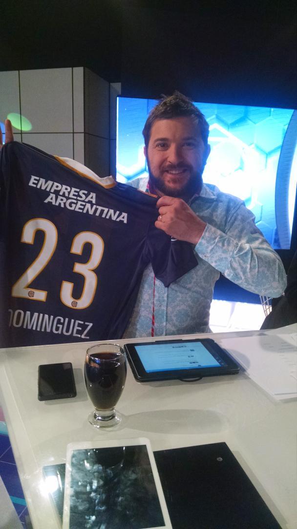 Querés la casaca de NERY DOMINGUEZ ?? Seguí a @FutbolPermitido hace RT y participá! #FutbolPermitidof23 #Carnaval http://t.co/bMutEumA3s