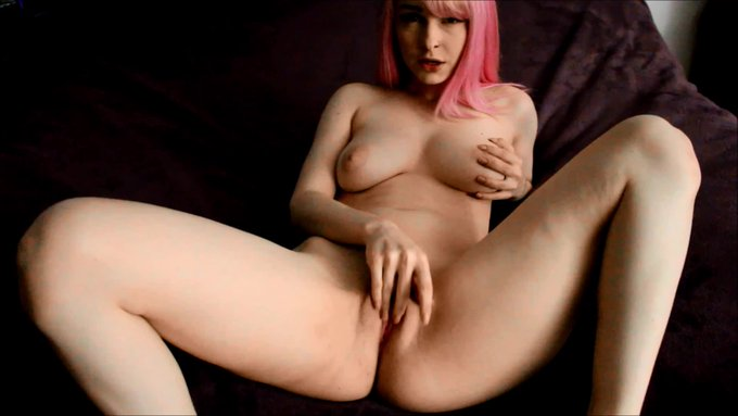 JOI with Realistic Dildo For sale @manyvids https://t.co/MnxFAONlw6 @CharlieNoodz @BabePicsHQ @OnlyHotBabes5