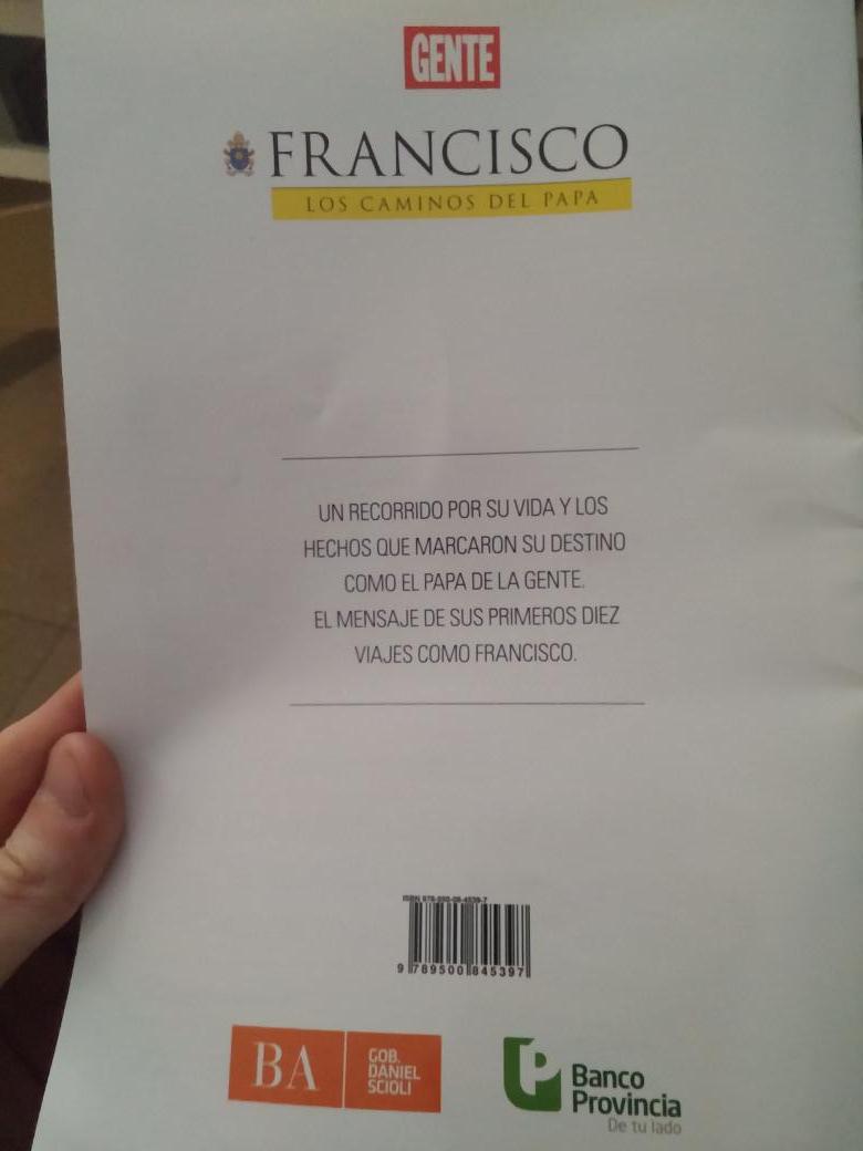 32 páginas a todo color del Papa en Gente de esta semana, financiada x Provincia de BsAs. Xq el estado laico ya fue http://t.co/2jASBXtl2c