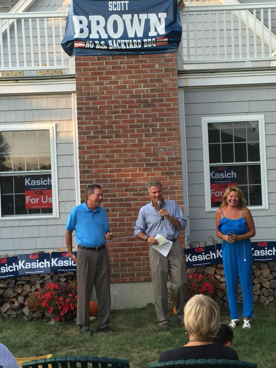 scott brown hosted kasich at his home in rye nh christie goes