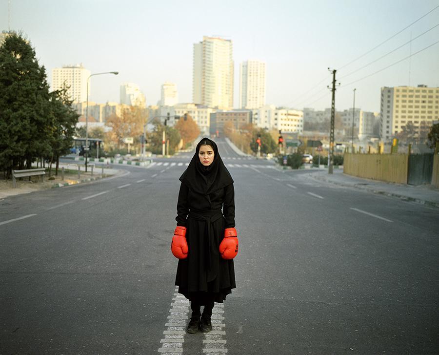 NEWS: Iranian photographer Newsha Tavakolian wins 2015 @PrinceClausFund Award → http://t.co/j6v5E2MkA6 @Newshaphoto http://t.co/lUARwQFfrz