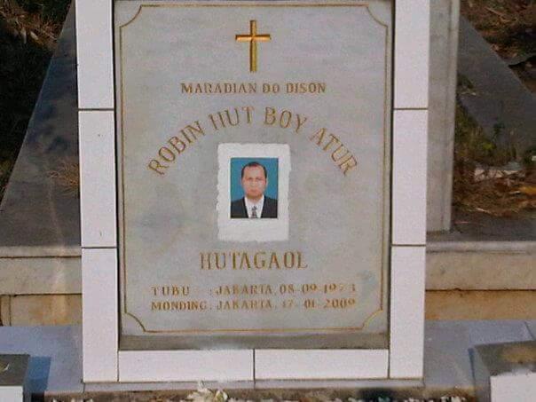 Selamat Ulang Tahun Robin Hutagaol (RIP) (Noxa, Brain The Machine). Duta Metal Indonesia, sahabat terbaik Ucokk. http://t.co/txv4vboE3H