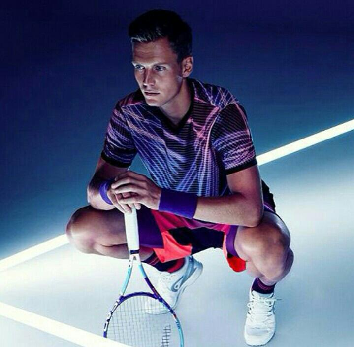 Who wore it better? #berdych http://t.co/uyuypCQgxC