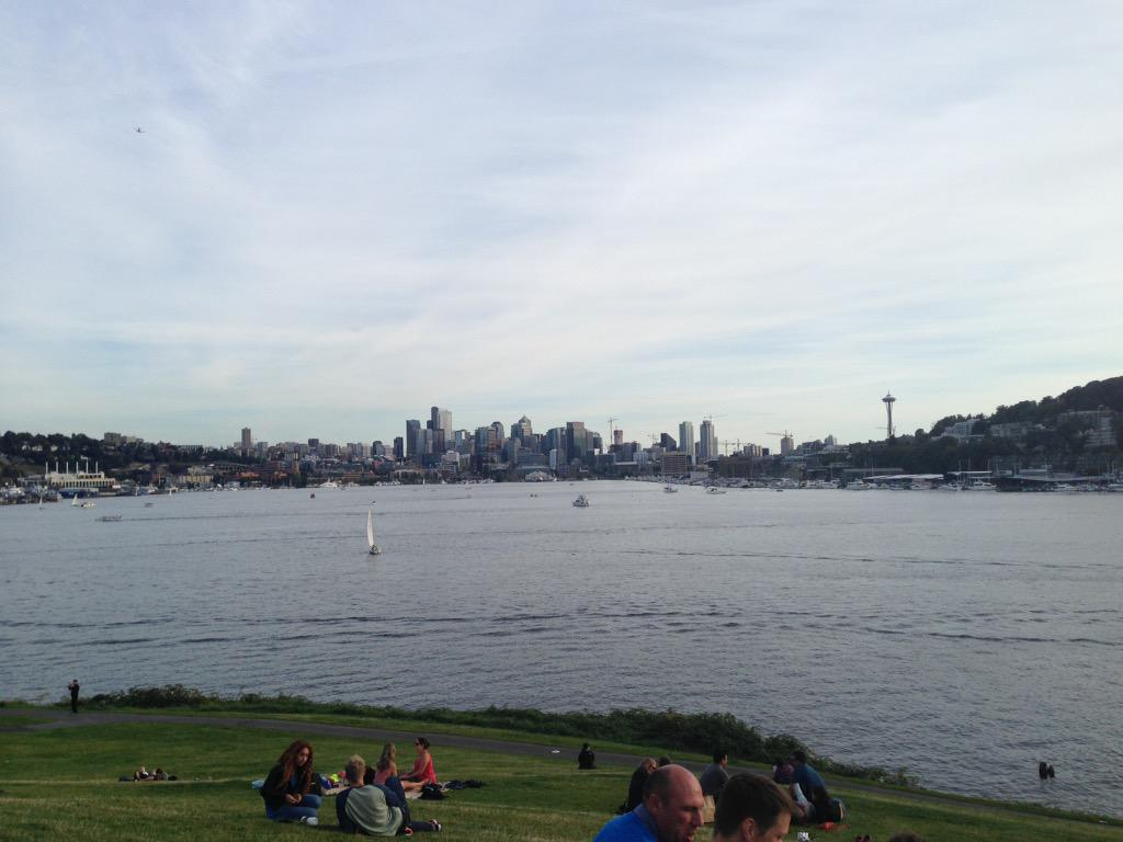 Back safe on solid ground. #seattle #gasworks #tourdefox