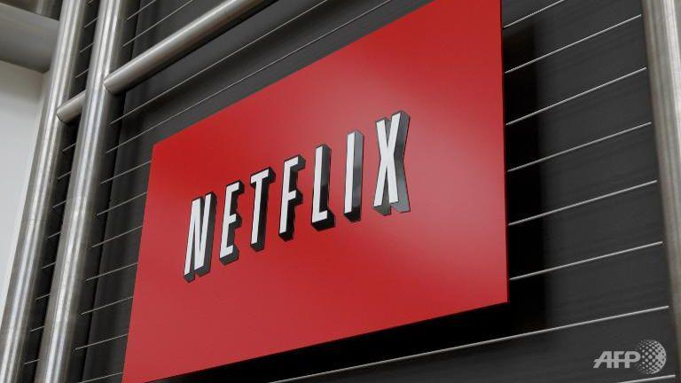 JUST IN: @netflix to launch in Singapore in early 2016 http://t.co/amlROoltKK http://t.co/aoB7qiWGCi