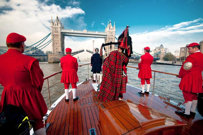 Join us at 12:00 for a ceremonial bridge lift to celebrate 63 years on the throne for Queen Elizabeth #longestreign http://t.co/Rm4Hku9CRw