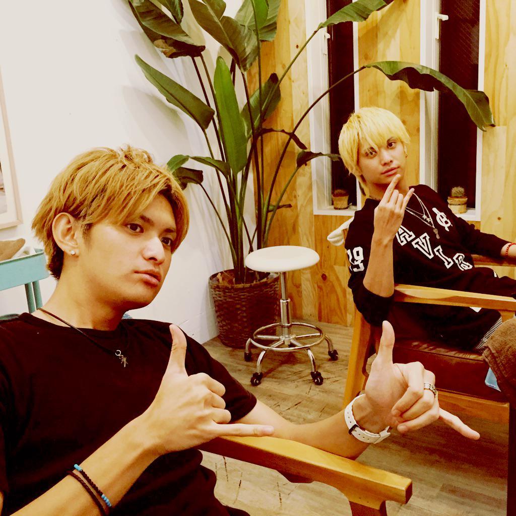 伊崎兄弟( @yusuketti @takoyaking1984 )がそろってHONEY。レアだなぁ!ゆーすけ、ひさと、いつもありがとう!!!! http://t.co/VOocidTWNO