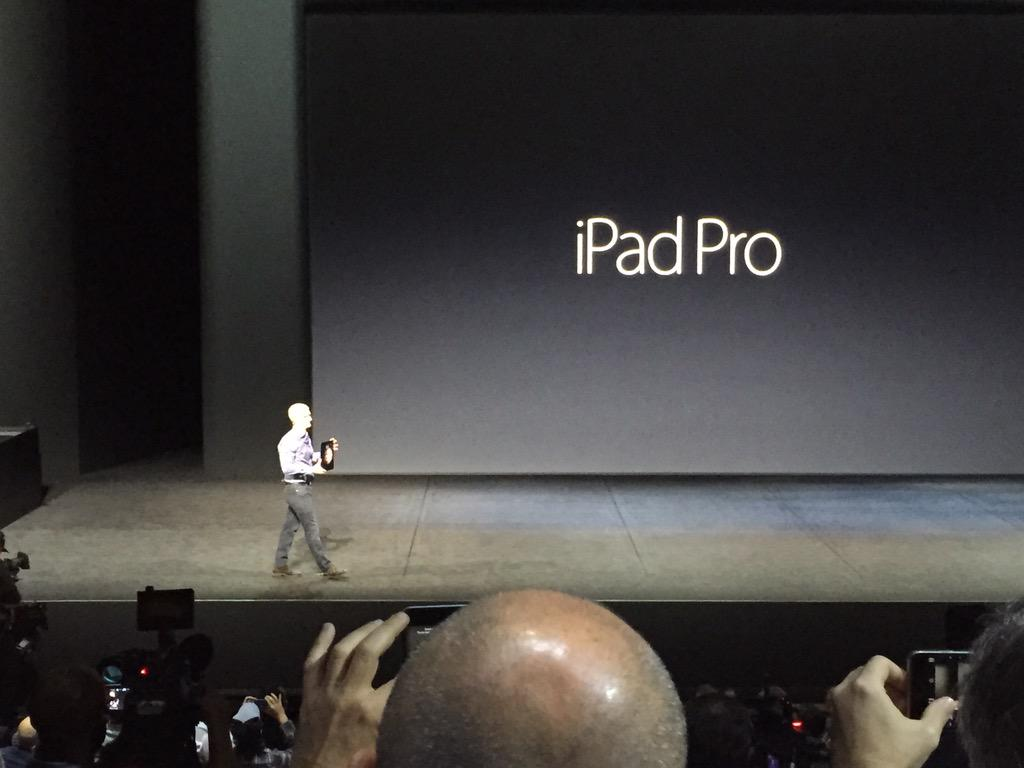 Apple used to work on making everything smaller. Smaller/thinner iPods & iPhones. Now bigger is the game. Ipad Pro. http://t.co/qQwot17eym