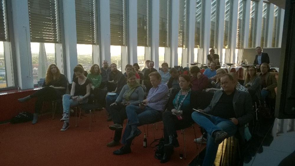 Wir begrüßen den #twdo wieder mal bei uns in Dortmund und wünschen gute Gespräche http://t.co/XpefpmbZ03