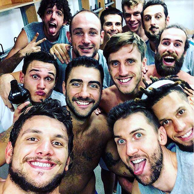 Foto della serata. #italbasket  #EuroBasket2015 #ItaliaGermania http://t.co/Y1JL8PcALl