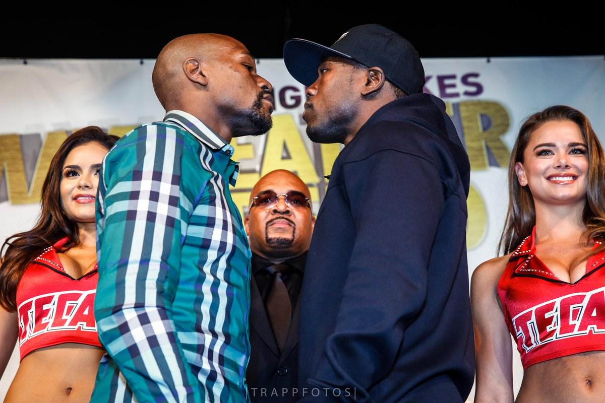 No more talk ... Time for actions to speak #MayweatherBerto #TheHarvestIsComing http://t.co/fxSLMum6g2