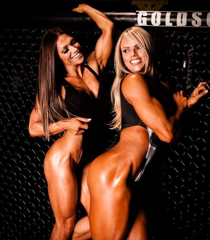 After Midnight crush @OksanaGrishina @LarissaR_IFBB who are just fun:) http://t.co/UK511yBvea