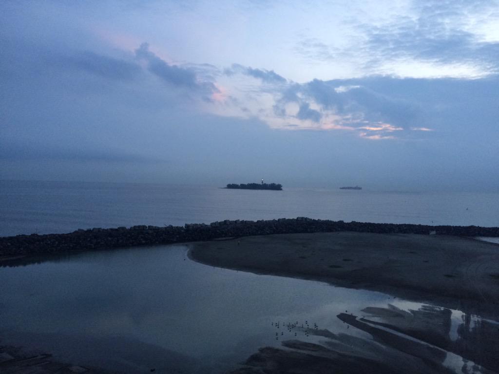 Irais Rasgado (@iraisrs): Buenos días!!! Así amanece el puerto de Veracruz!! Lindo jueves