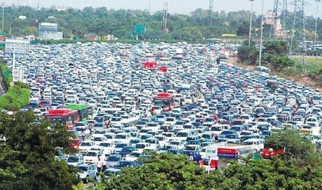 渋滞とか文句を言ってる人はインドの高速を見てください(・_・; #アジア http://t.co/ELAhym73bg
