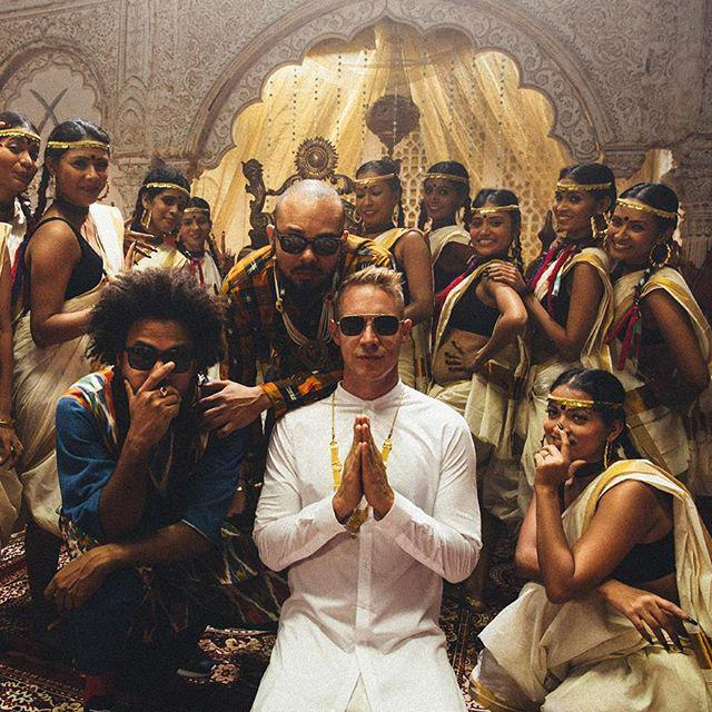 #tbt in India w the squad  thanks for the dosas @mriggiesmalls  photo by @shanemccauley http://t.co/pYBOB7R7IZ