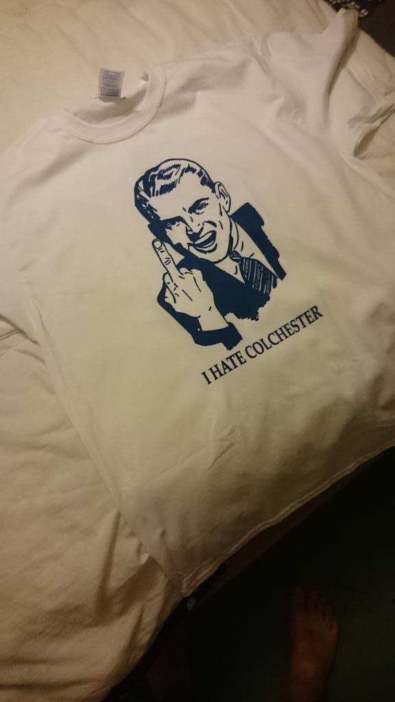 Birthday present from @djcotez Something we can all agree on @iKinch http://t.co/GD1cgmWebd