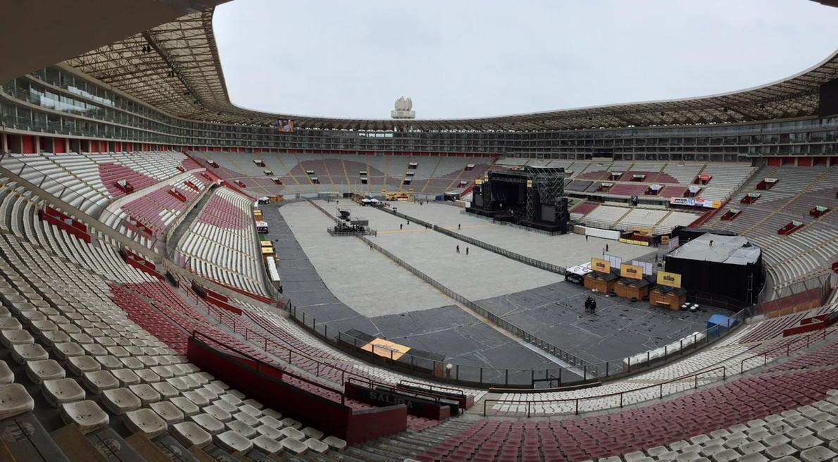 Esta noche @RioRomamx cantará en el Estadio Nacional de Lima Perú ante 30,000 espectadores, felicidades! http://t.co/qs9Bwb4Fgd