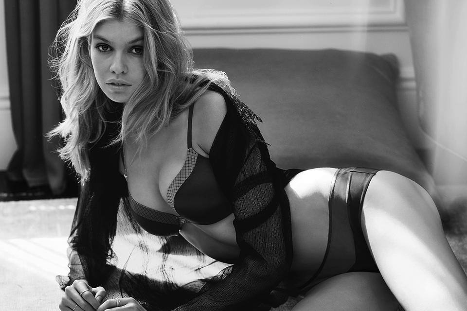 Kill the lights & the conversation. Little black lingerie says it all… #WhatIsSexy http://t.co/s8iFD87rf9 http://t.co/GsWCsZat02