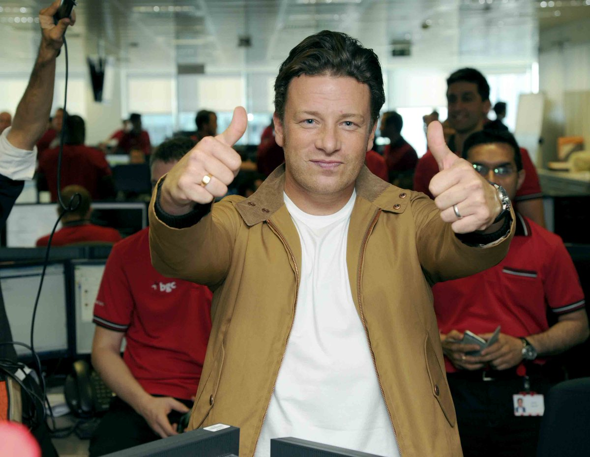 RT @BGCCharityDay: Great to be joined by @jamieoliver at #BGCCharityDay, raising funds for @jamiesfoodfdn http://t.co/tkkwH1HI5i