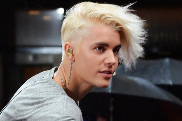 Wow Justinbieber Is Now Touring With Flock Of Seagulls