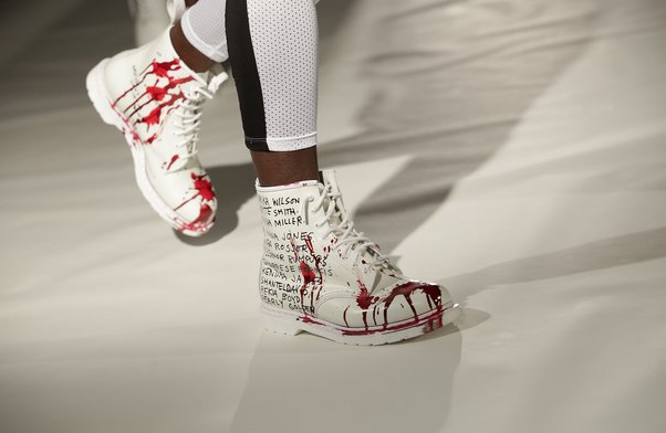 Powerful NYFW show takes on police brutality http://t.co/MSZw1LXmpz http://t.co/nBvSJgrJi4