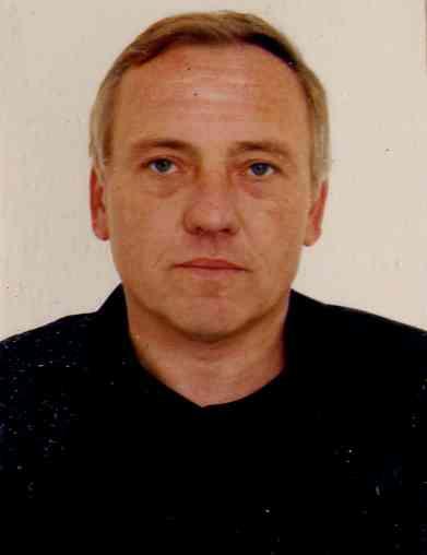 СРОЧНО! макс.ретвит! За совершение убийства разыскивается Караневский Александр Владимирович http://t.co/KCkt6hKADd http://t.co/elqK1ktSDZ