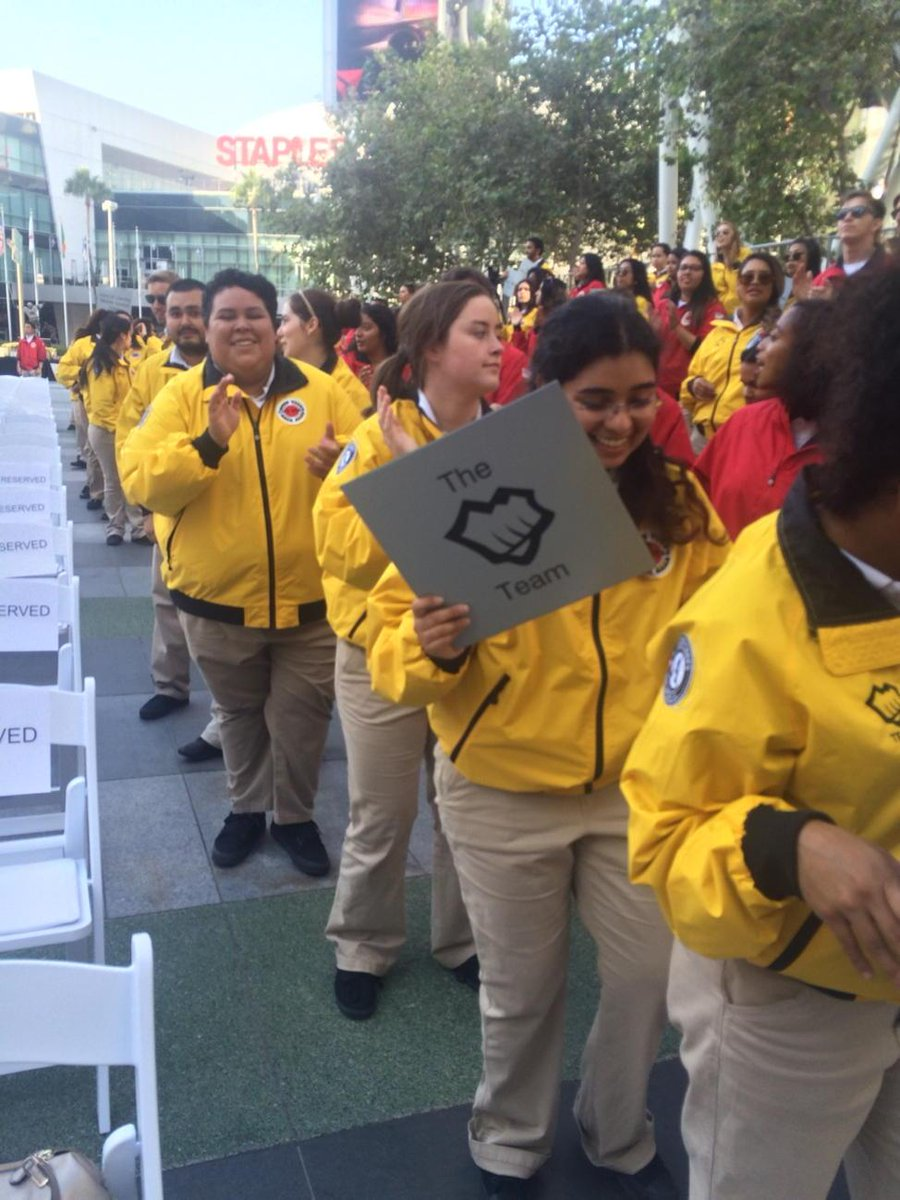 The @riotgames team at Jordan High School is ready for the start of Opening Day! #CityYearLA #StrongStartCY http://t.co/bBKg6gE2yt