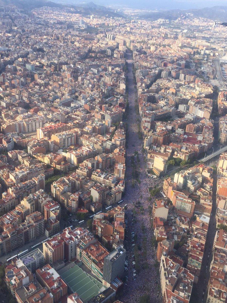 Foto que ens arriba de l'helicòpter de @rac1 feta per @tonimunoz #viarac1 http://t.co/xROeHAouh9