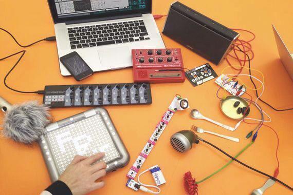 DIYミュージック申込受付中!ゲストは日常編集家アサダワタルさん、音楽と暮らしを盛り込んだ良原リエさん、KORGでユニークな楽器で有名な坂巻匡彦さん。 https://t.co/sTcUVNLPcD http://t.co/f3Pbc0AEyF
