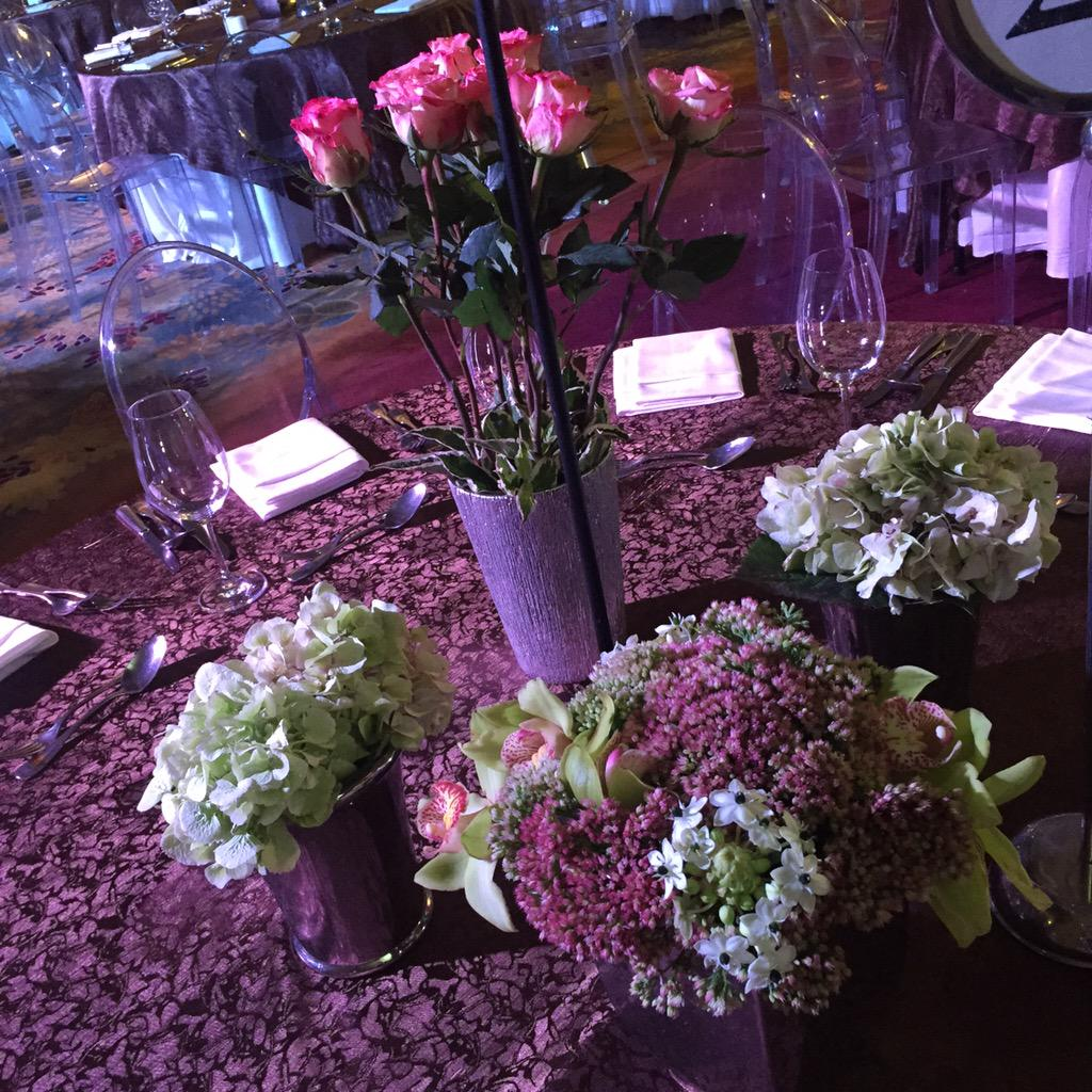 The centerpieces for each table. #9thStarMagicBall http://t.co/bjdNF0KUX1